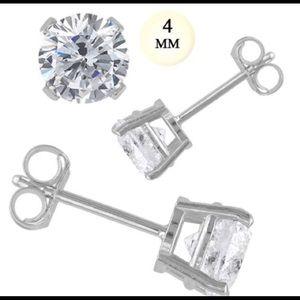 Sterling silver 4mm CZ Stud earring